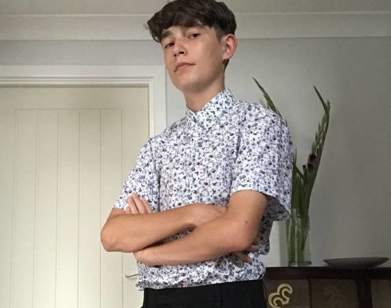 GET TO KNOW SINGER HENRY COLIN WRIGHT WHO IS MAKING A BUSINESS OUT OF MUSIC WITH HIS MERCH CLOTHING RANGE
