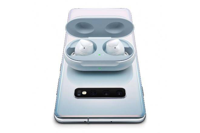 OG Samsung Galaxy Buds are repeatedly on sale at their all-time low cost