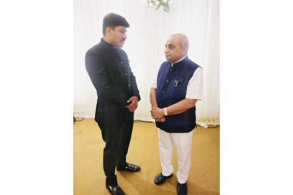 Deputy CM of Gujarat, Nitinbhai Patel had a tete-a-tete with BJP UP's politician Shrayam Bhargava