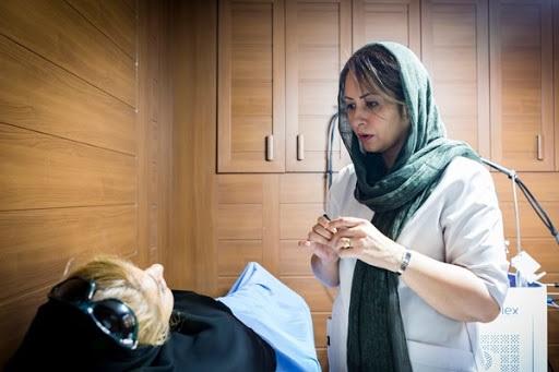 Dr. Mozhdeh Rezvani makes amazing points about beauty