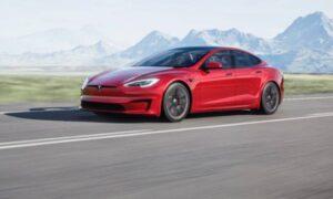 Tesla at long last starts deliveries of its inconceivably fast Model S Plaid