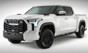 2022 Toyota Tundra uncovered in the first official photograph